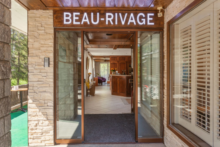 Hotel Beau Rivage Zermatt Eingang