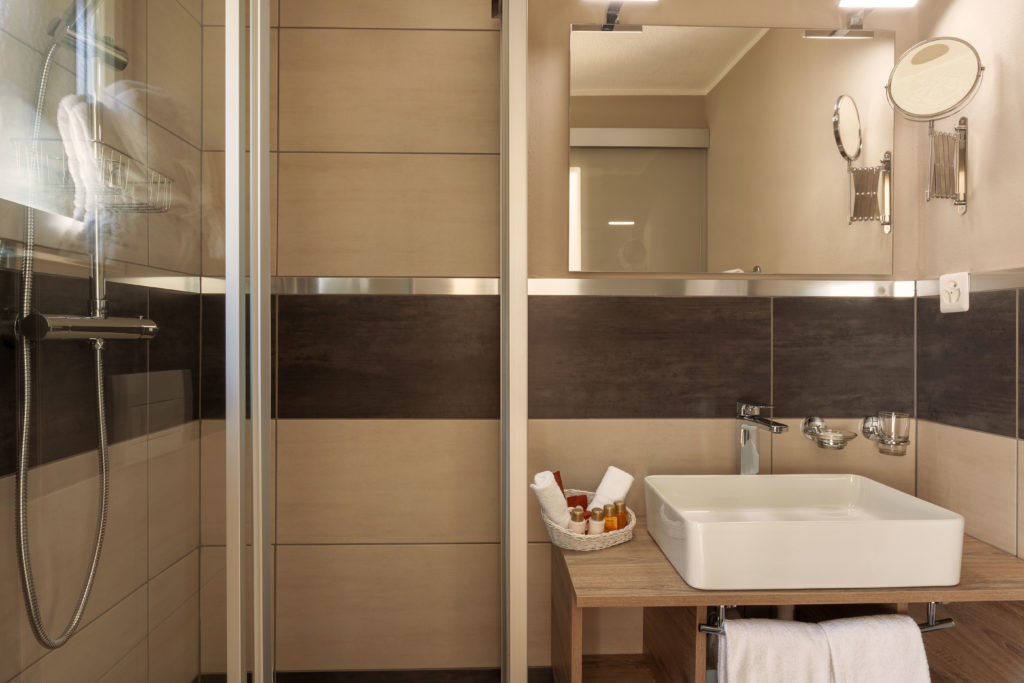 Hotel Beau Rivage Zermatt Einzelzimmer Nordseite Badezimmer
