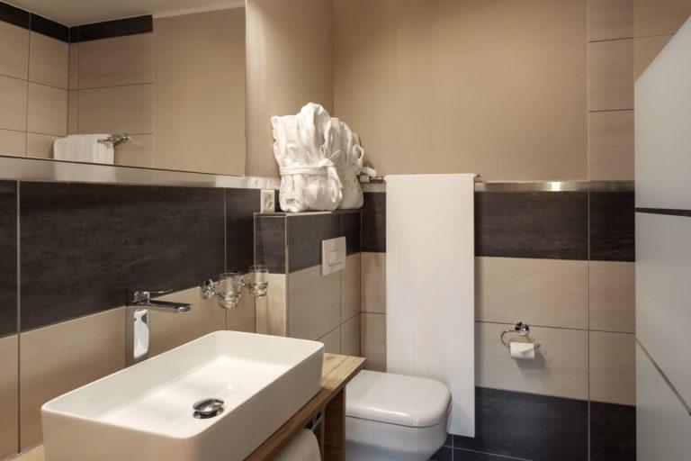 Hotel Beau Rivage Zermatt Grand Lit Nordseite Badezimmer