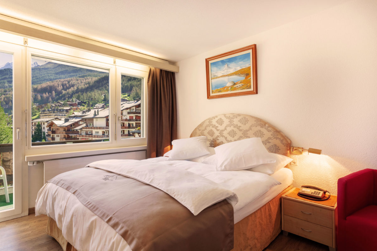 Hotel Beau Rivage Zermatt Grand Lit Nordseite Bett