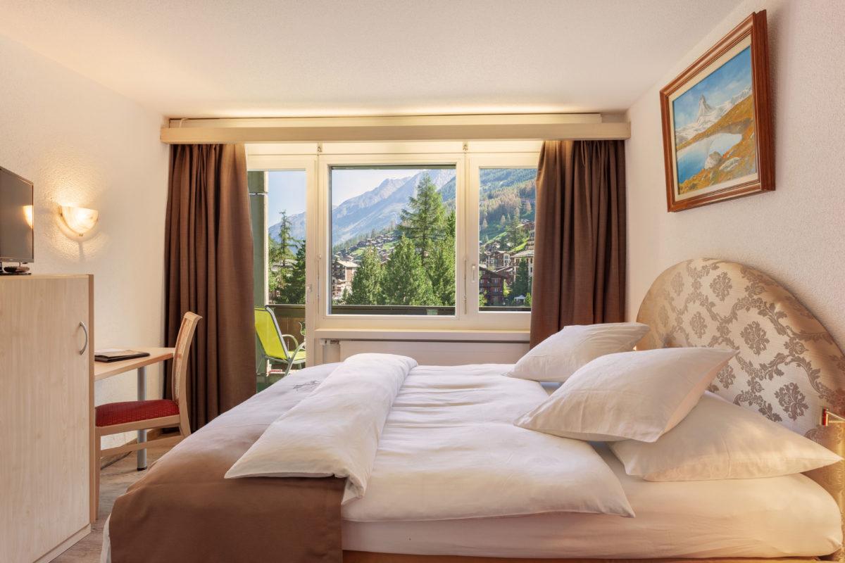 Hotel Beau Rivage Zermatt Grand Lit Nordseite Schlafzimmer